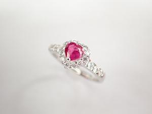 美品 Pt900 ルビー0.39ct ダイヤ計0.36ct デザイン リング 指輪