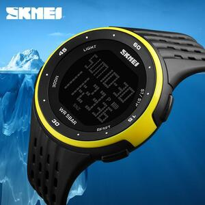 男性スポーツ腕時計 SKMEI ブランド 50 メートル防水デジタル LED 軍事時計の女性屋外エレクトロニクス腕時計レロジオ Masculino