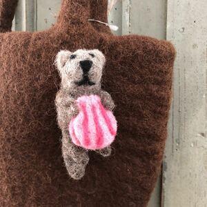 オリジナル ラッコブローチ 羊毛 フェルト ハンドメイド 羊毛フェルト アクセサリー ブローチ