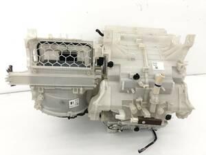 _b49753 トヨタ アクア S DAA-NHP10 エバポレーター エキパン ブロアモーター ブロワ ヒーターコア エアコン クーラー ユニット87050-52290