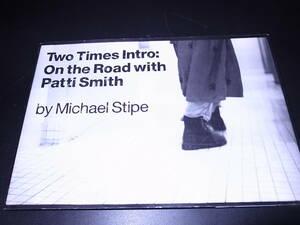 洋書 Two Times Intro: On the Road with Patti Smith/パティ・スミス ハードカバー