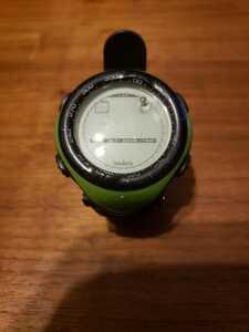 SUUNTO デジタル 腕時計 グリーン