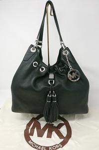 中古 良品 マイケルコース トートバッグ ショルダーバッグ 黒 ブラック MICHAEL KORS タッセル チャーム 専用保存袋付き 肩掛け レザー 革