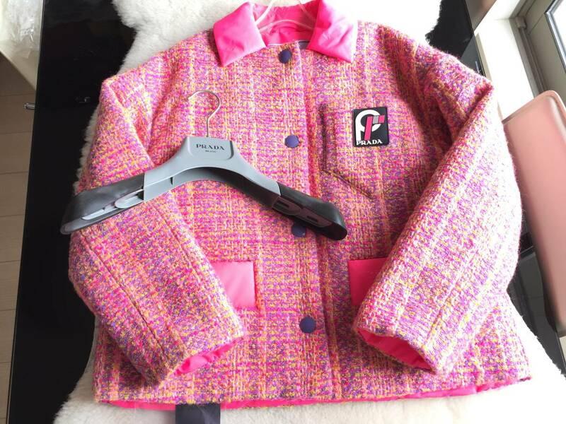 極美品 タグ付 PRADA プラダ 最高峰 ロゴ入り 中綿入り ツイードコート☆36サイズ ピンク