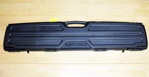 米国製☆スコープドライフルケース (ハード) スコープ付を収納可 シングル 散弾銃ショットガンライフルに 狩猟 射撃 クレー サバゲーに