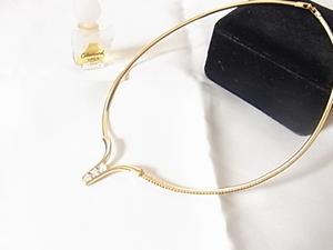 輝くキュービックジルコニアが大中小と3粒 ゴールドカラー 金色 上品 ラグジュアリーデザイン チョーカーネックレス☆