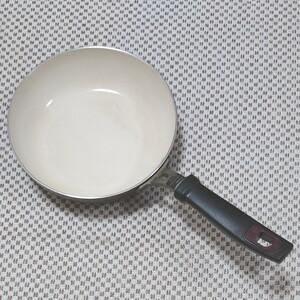 セラミックコーティングパン 20cm 中古