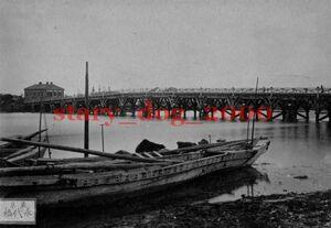 複製復刻 絵葉書/古写真 東京 永代橋と北海道開拓使物産売捌所 日本銀行 明治期 WA_069