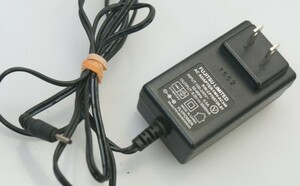 (( free shipping )) Fujitsu original AC adaptor FUJITSU LIMITED FMV-AC348 5V~3A arrows Tab QH35/B1 QH35/W QH30/W correspondence outer diameter approximately 2.5mm