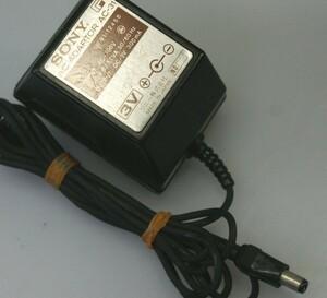 << free shipping >> original SONY AC-31 first generation Walkman for AC adaptor 3V center minus operation OK