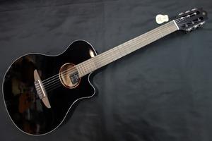 YAMAHA NTX1/BL(ヤマハ エレガット クラシックギター ブラック)【新潟店】