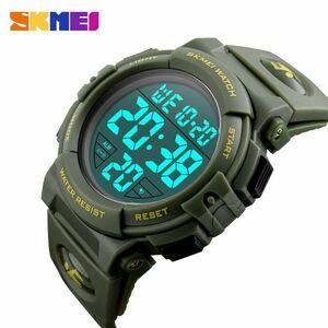 スポーツウォッチメンズアウトドアファッションデジタル多機能LED腕時計 green