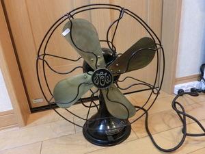 東京芝浦製作所の扇風機、 昭和レトロ アンティーク レトロ、レストア済み扇風機