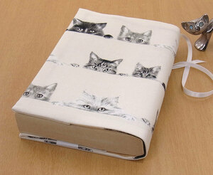 38 B hand made hand ... library book@② book cover. .. cat beige . cat large cat lovely cat .. cat cat cat present present