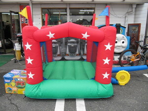 ご自宅で遊べる!幼児用バウンスハウスBOUNCE HOUSE 6フィート 美品!室内・屋外 一人でも簡単収納 ジャンプ バルーン