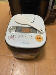 送料無料 炊飯器 IRIS RC-MA50-B