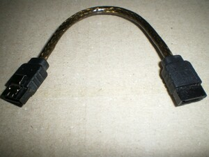 SATA ラウンドケーブル (10cm) 1本
