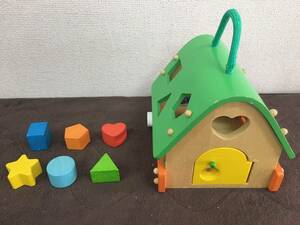【A-199】ベビー用品 おもちゃ 知育玩具 赤ちゃん用パズル 木製 ハウス 家 中古 格安