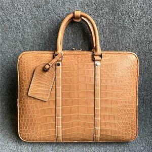 逸品 ワニ革 ブリーフケース クロコダイルレザー 手揚げバッグ 書類かばん A4/PC対応 メンズ 男性 通勤 ビジネスバッグ 大容量 プレゼント
