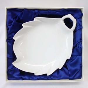 ROYAL COPENHAGEN ロイヤルコペンハーゲン ホワイトフルーテッド ハーフレース プレート リーフ ディッシュ 食器 お皿 r446-9-1