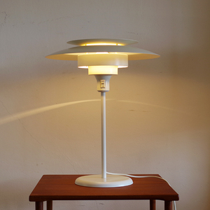 Lyskaer Denmark 2015 Table Lamp by Simon Poul Henningsen 198X / サイモンポールヘニングセン / パントン ポールセン デンマーク 北欧