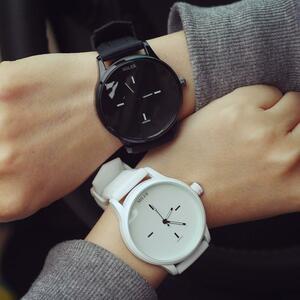 ●★メンズ腕時計 シンプルデザイン クリエイティブ腕時計 ファッション腕時計 086