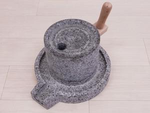 ○ 石臼 石うす 挽き臼 いしうす ミニ茶臼 手挽き用 ミニ 手打ち蕎麦 小麦 お茶等 古民具