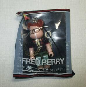 フレッドペリー FRED PERRY BE@RBRICK キューブリック メガネ PREPPY リプトン ベアブリック Lipton メディコムトイ 新品 非売品