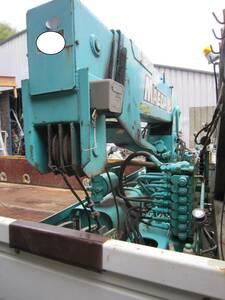 クレーン横置き前田2トン吊り3段クレーン中古 油圧式引き出しアウトリガー純正片方付いています、作動テストOK簡易クレーン
