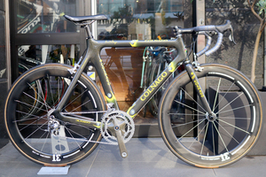 コルナゴ COLNAGO カーボニッシモ Carbonissimo カンパ レコード 10S カーボン ロードバイク 【気品あふれるエアロレーサー】
