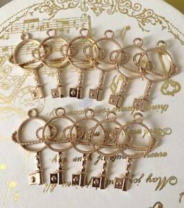ハンドメイド パーツ 惑星 鍵型 ゴールド 空枠 Bタイプ