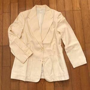 レディース テーラードジャケット 白