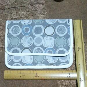 ハンドメイド ポーチ約20×17cm程度