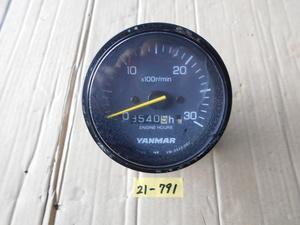 21-791 YANMAR/ヤンマー ディーゼルエンジン船内機用 タコメーター(アワーメーター付) 中古品