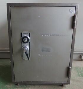 /Zk1374 Hattori часы магазин несгораемый сейф dial тип сейф ключ имеется AS.7 примерно ширина 455.× высота 640× внутри 450 [ наша компания рейс or получение ]