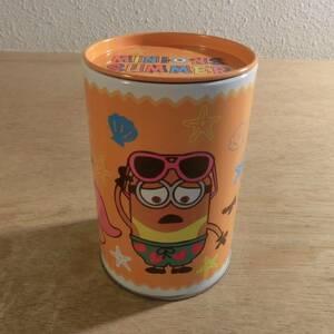ミニオンズ クッキー 空き缶 ふた付き 小物入れ 収納 文具 文房具 ケース ペン立て ペンスタンド 置物 インテリア 空缶 缶 Minions USJ