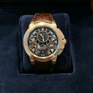 ハリーウィンストン時計