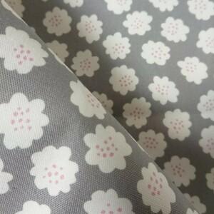 ☆SALE☆ オックス生地 北欧 花柄 50cm