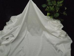 新入荷!掘り出し品!高級ブランド!なかなか手に入らない!シルケット加工!艶の有る!糸細上質綿100%ニット!ホワイト170cm巾×1,5m