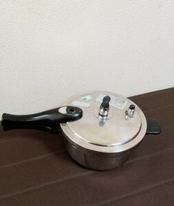 圧力鍋   IH対応   2、2リットル