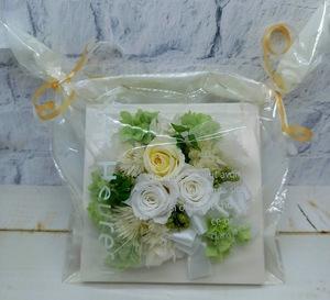 * консервированный цветок целлофан упаковка рама организовать квадратный белый день рождения День матери брак праздник новое здание праздник подарок .*