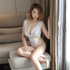 超セクシー 悩殺 ハイレグレオタード 水着 体操着 コスプレ衣装 レースクイーン RT100/ホワイト
