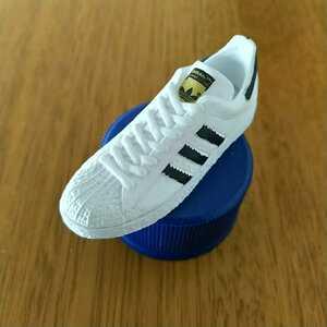 アディダス ボトルキャップ adidas ペプシ 1 白黒