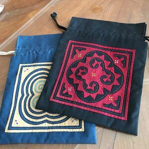 巾着袋 タイ 刺繍 ハンドメイド 布バッグ 2点セット 20×25cm ハンドクラフト THAILAND 手作り