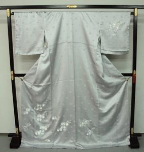 新品 1399 大幅値下げ 正絹手縫いお仕立て上がり訪問着 銀鼠系 胡蝶蘭