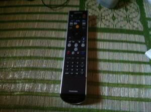 東芝 TOSHIBA Qosmio PCリモコン G83C00060110 ジャンク品