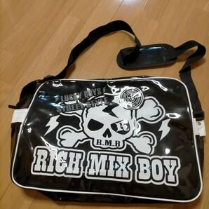 ショルダーバッグ エナメルバッグ スポーツバッグ