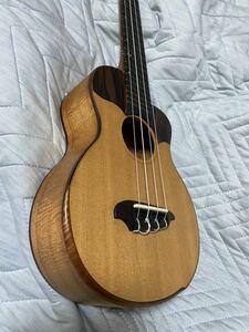Toda guitars VC-CW コンサートサイズ トダギターズ スプルース&ハワイアンコア&ハカランダ