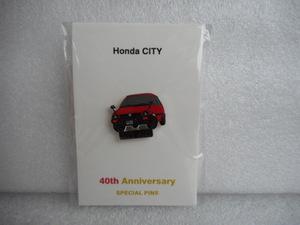 ホンダ ピンズコレクション シティ 40周年記念ピンズ レッド