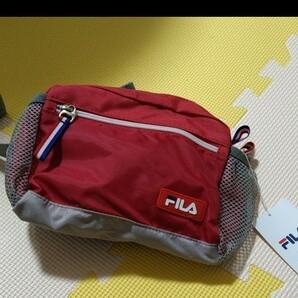 値下げ!新品タグ付き☆FILA ウエストボーチ 赤 ウエストバッグ